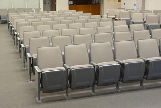 El Cerrto used theater seats